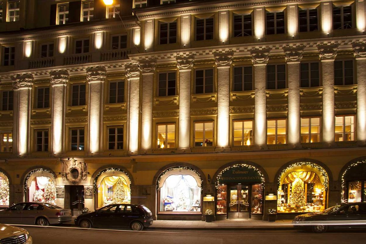 Luxury boutique department store
